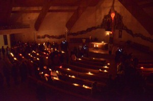 Rorátna sv. omša a posvätenie liturgických nádob (23.12.2014)