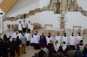 Krížová cesta na Veľký piatok (03.04.2015)