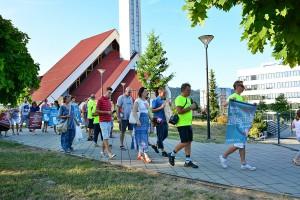 """Návšteva účastníkov cykloakcie """"Na bicykli za život"""" v našej farnosti (25.7.2019)"""